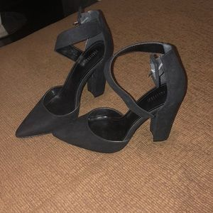 Forever 21 Suede heels
